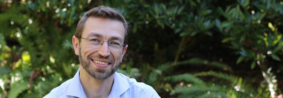 Dr. Igor Schwartzman